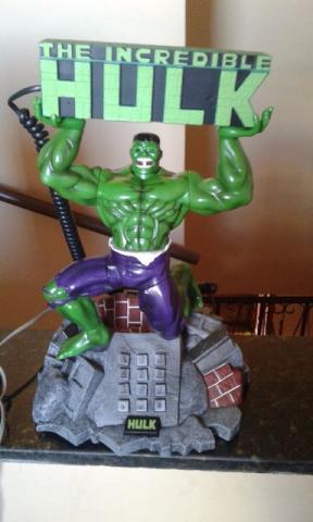 Aparelho de telefone novo do Hulk. Colecionadores