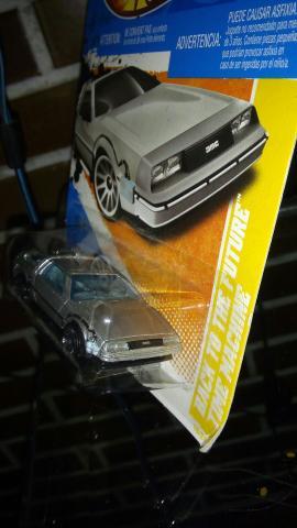 Miniatura Delorean back to the future