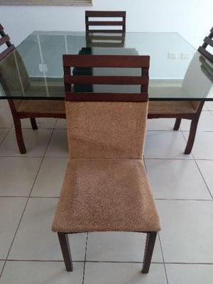 Mesa de Jantar em vidro 20mm 1,40 X  Cadeiras