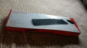 Teclado Wired 600 Microsoft com mouse