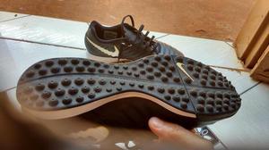Vendo chuteira Nike número 40