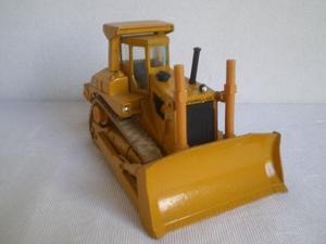Arpra miniatura trator Caterpillar D8L escala 1:50