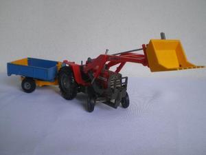 Miniatura Trator Massey Ferguson 595 Britains Ltd England