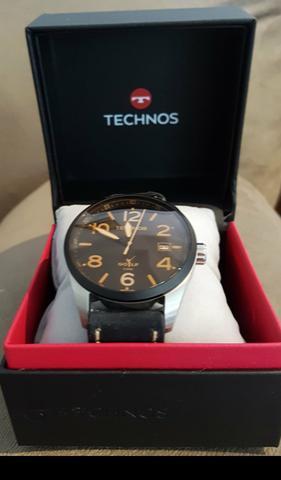 Relógio technos novo, na caixa