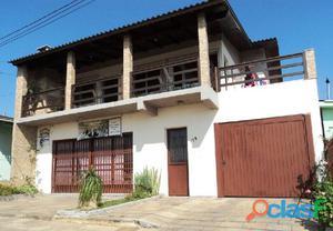 EXCELENTE CASA COM SALA COMERCIAL - Casa a Venda no bairro