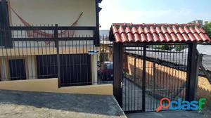 LINDA CASA CENTRAL - Casa a Venda no bairro Centro -