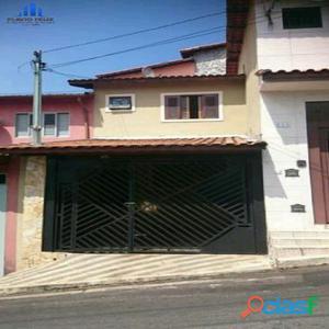 Sobrado 2 Dormitórios 1 Vaga - Macedo, Centro.