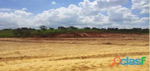 Terreno industrial á venda em Santana de Parnaíba/SP