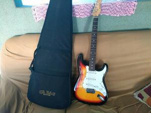 """Guitarra stratoquest """" aceito troca """""""