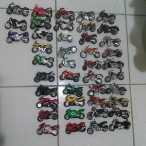 Motos em miniaturas