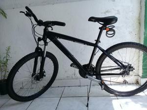 Vendo bike toda em aluminio aro 26 com nota fiscal