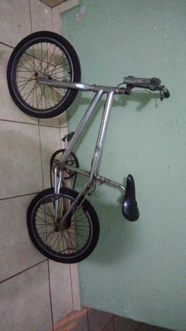 Bicicleta Cromada, Leia Toda A Descrição!!!!