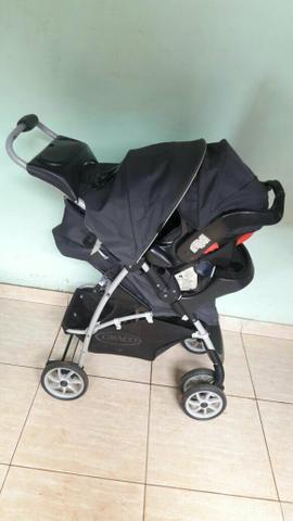 Carrinho de bebe + bebê conforto unissex