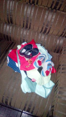 Desapego lote de roupas novas e usadas 15 peças por 100,00