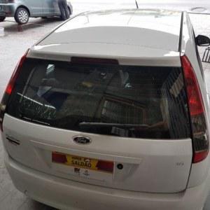Ford Fiesta 1.6 8V FlexClass 1.6 8V Flex 5p 2013