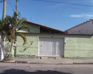 Casa térrea no Jardim Santa Maria, com 2 quartos e 2
