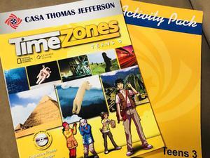 Livro de Inglês Casa Thomas Jefferson Time Zones Teens 3,