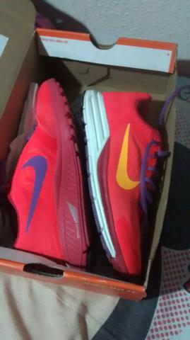 Tenis Nike Zoom Structure+ 17