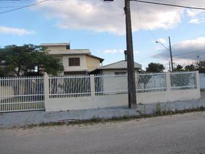 Casa de aluguel na praia da Pinheira