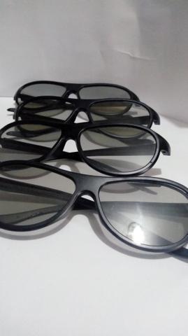 Óculos 3d lg óculos em estado de novo...vai os 4 óculos pelo preço do  anúncio serve pra ser usado em qualquer outra marca de tv (sendo 3d)  motivo  a tv deu ... a57a3801f7