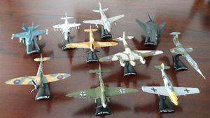 Coleção de aviões em metal
