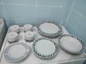 Aparelho de jantar porcelana Mont D'oro