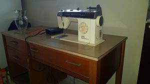 Máquina de Costura Singer 270 (BOBINA MÁGICA)