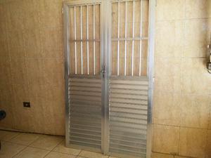 Porta de aluminio 2,08 x 1,20 as duas folhas