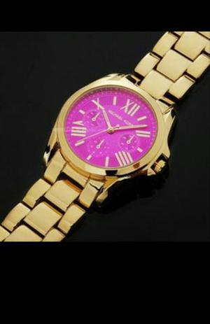 Relógio Michael Kors dourado c/ rosa