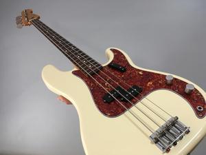Baixo Fender Precision 62 Japones