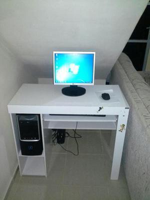 PC completo com mesinha