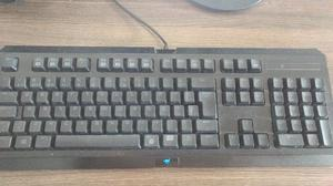 Teclado Gamer Razer Cyclosa Gamer Abnt Macro & Anti-ghosting