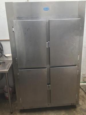 Conserto de geladeira industrial e câmara fria