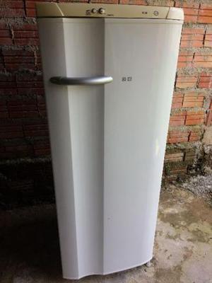 Geladeira Electrolux usada