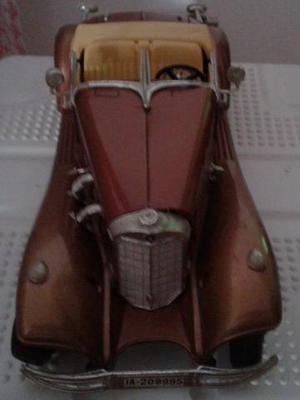 Miniatura de Carro Mercedez