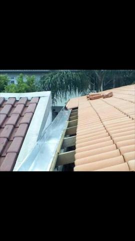 Calhas de zinco para telhado