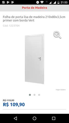Folha de porta de madeira nova com película protetora
