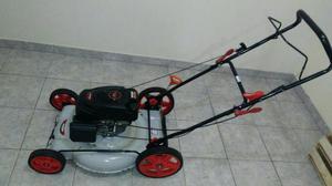 Máquina de cortar grama (a gasolina) parcelo no cartão