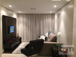 Belíssimo apartamento de 03 dormitórios