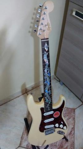 Guitarra fender squier deluxe -