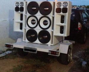 Vendo ou troco Paredão de som com carrocinha e gerador