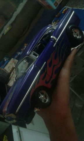 Hot wheels grande