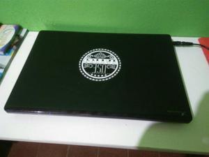 Notebook Acer Core i5 4GB de memória RAM HD 500Gb saída