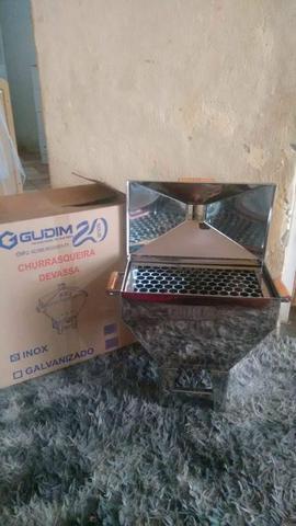 Churrasqueira Nova (Na caixa)