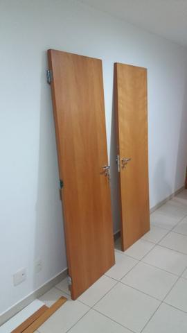 Duas portas marca pormade excelente estado!