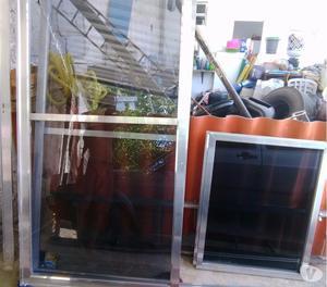 Porta e janela alumínio brilhante