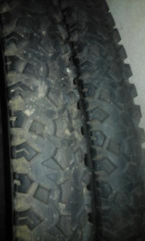 Vendo dois pares de pneu 29