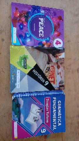 Livros didáticos do 9o ano (8a série)