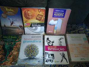 Vendo livros didáticos do Ensino Médio (1°, 2° e 3°) e