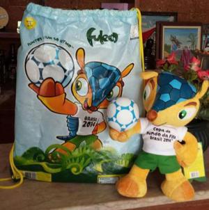 Boneco fuleco mascote + 3 chaveiros e8785ee605567